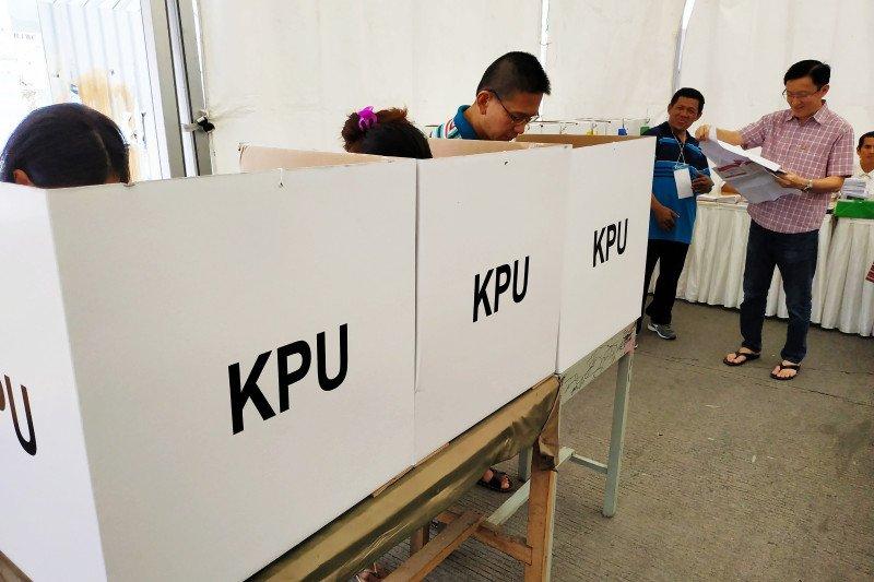 MK tolak gugatan pelaksanaan sehingga pemilu tetap serentak