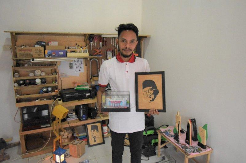Kembangkan usaha maket dan miniatur, alumni IIB Darmajaya raih omzet belasan juta rupiah