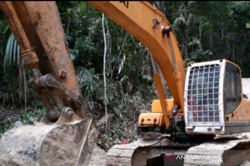 Gakkum LHK Wilayah Sulawesi tangkap pelaku tambang ilegal