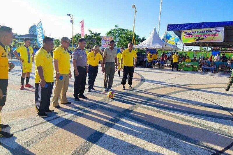 Turnamen Futsal Bupati Cup diramaikan 32 tim peserta dari Poso dan daerah lain