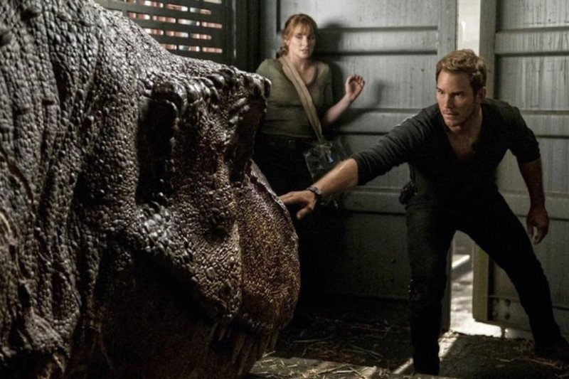 """Chris Pratt sebut """"semua orang"""" akan kembali di """"Jurassic World 3"""""""