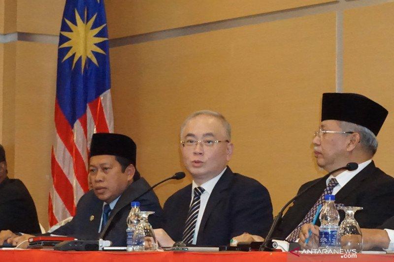 UMNO mempertimbangkan untuk menarik diri dari PN