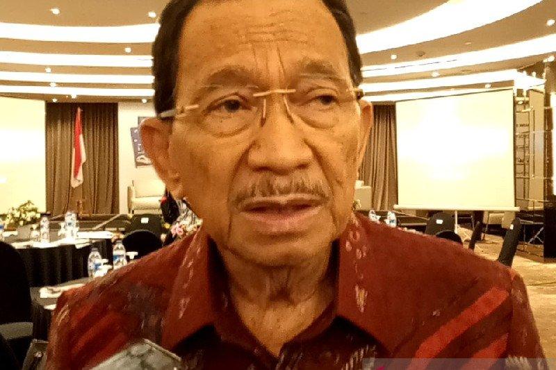 Tanri Abeng: Rencana Erick merger atau tutup BUMN tak sehat tepat