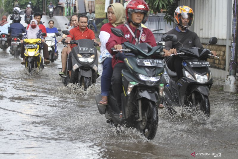 Karena  terendam