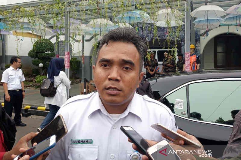 Perjalanan kereta api di Cirebon belum pulih imbas banjir Jakarta