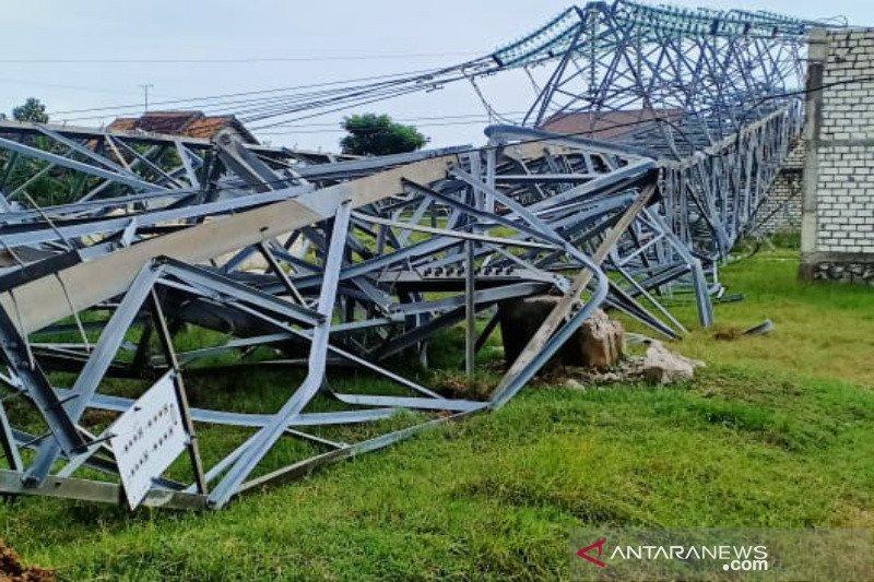 Tower SUTT Rembang-Pati roboh, PLN targetkan pasokan listrik normal 2x24 jam