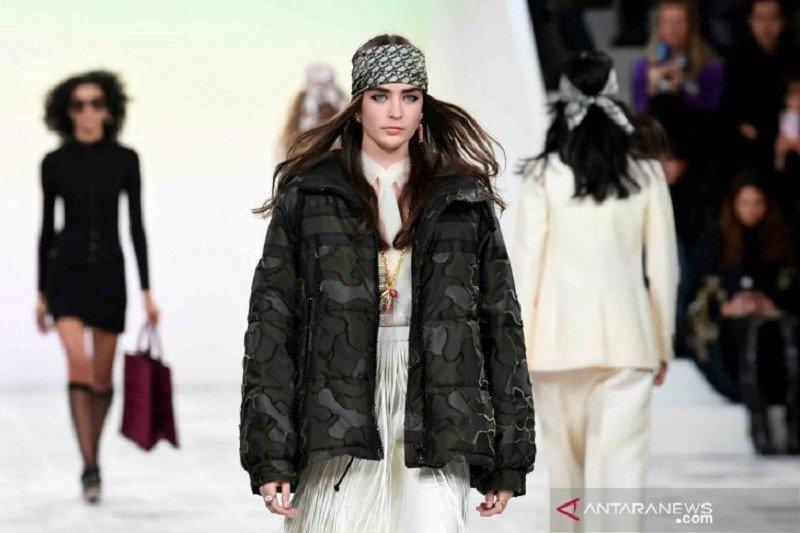 Christian Dior gelar fashion show Juli 2020 tanpa penonton di barisan depan
