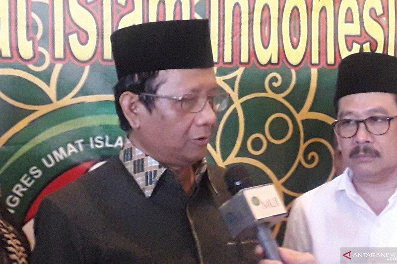 Tidak ada pertentangan antara Pancasila dan agama