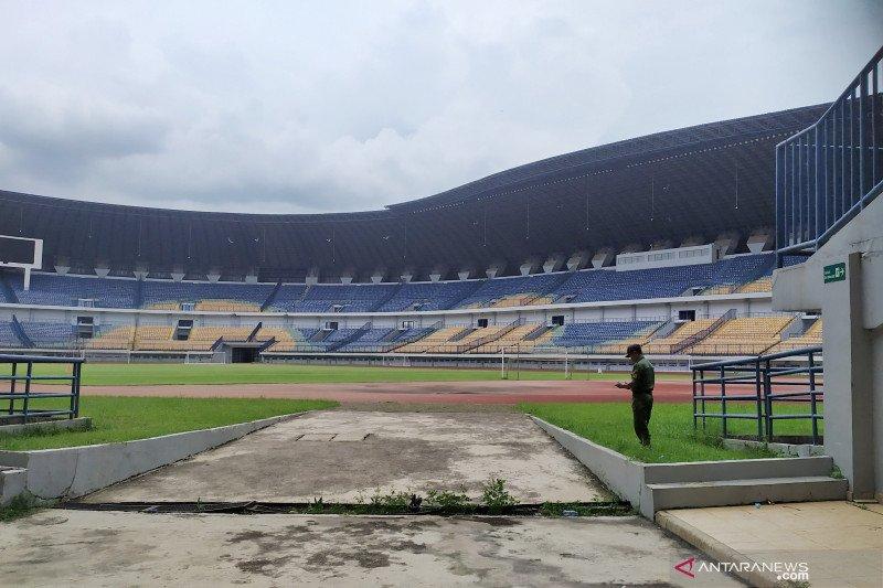 Persib cek persiapan Stadion GBLA sebelum memulai latihan