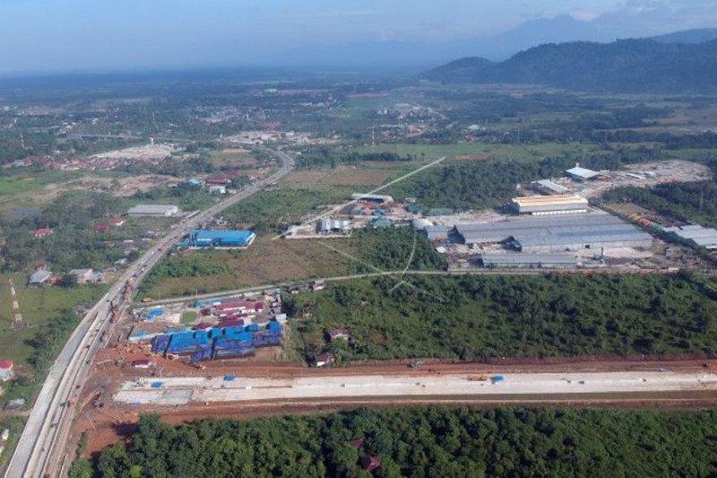 Pembangunan jalan tol Padang-Pekanbaru untuk kesejahteraan masyarakat