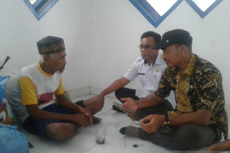 Dinsos Baubau pulangkan seorang warga terlantar asal Muna