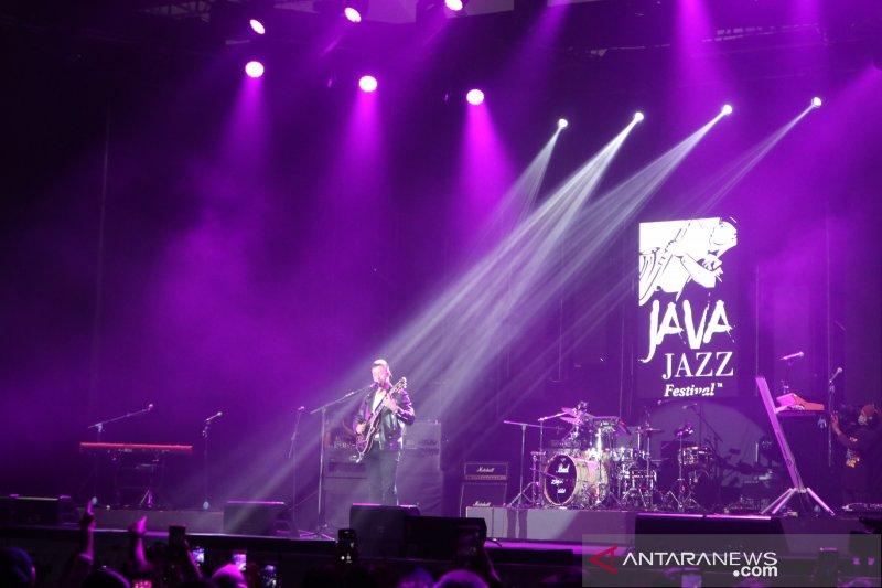 Bruno Major berikan penampilan kejutan di Java Jazz Festival