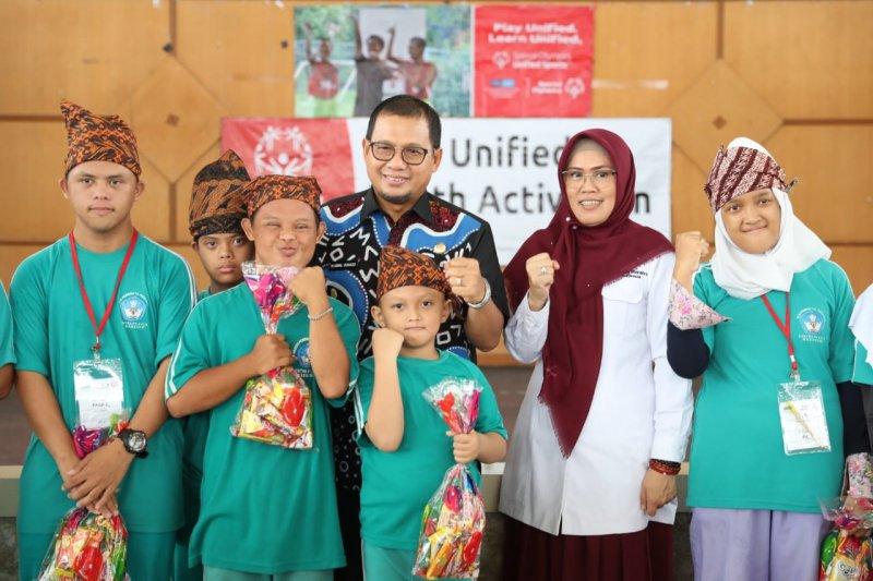 Pejabat Wali Kota Makassar semangati peserta penyandang tunagrahita