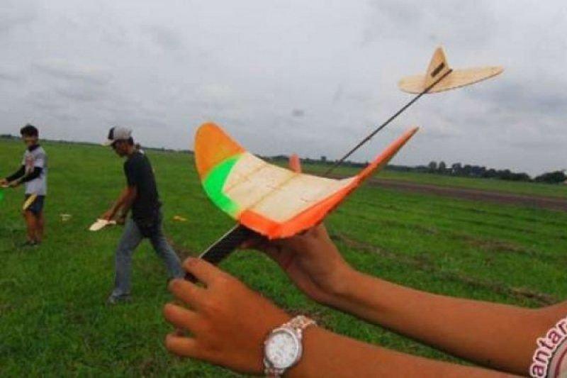 Saka Dirgantara  perkenalkan simulator aeromodelling