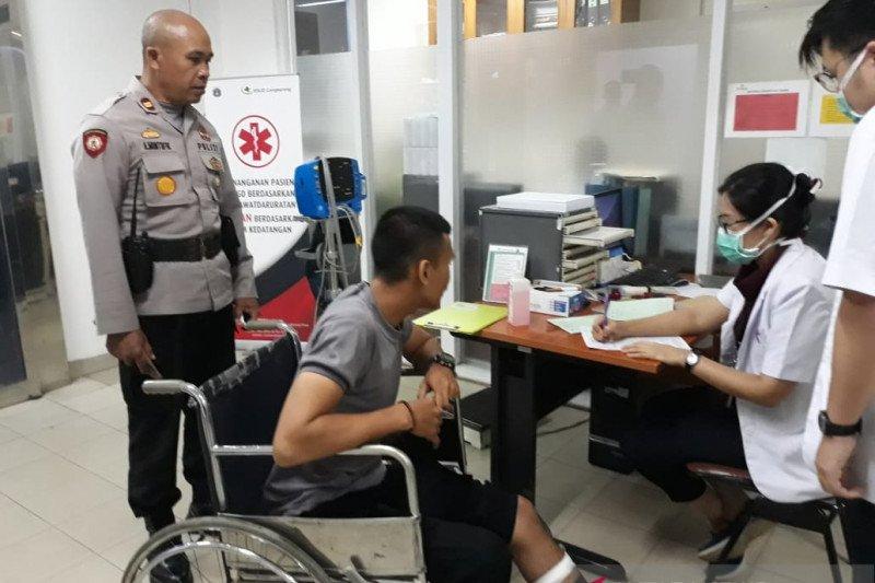 Polisi ditikam saat lerai tawuran warga
