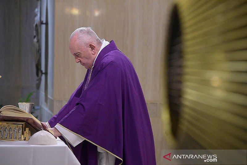 Ibadah Paskah di Vatikan digelar tanpa jemaat cegah COVID-19