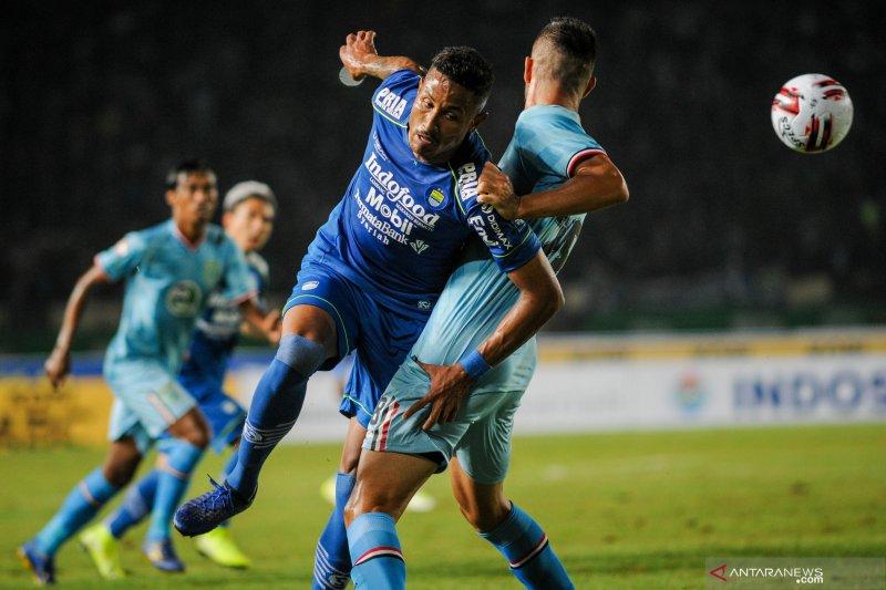 Persib Bandung taklukkan Persela Lamongan 3-0