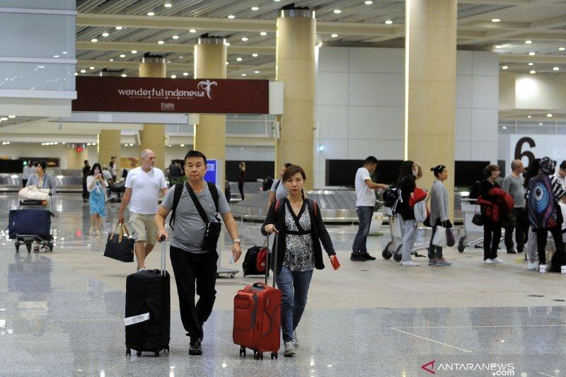 Selama Januari 540.000 orang wisman masuk melalui Bandara Ngurah Rai