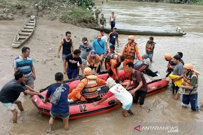 Korban tenggelam di Lahat ditemukan 10 kilometer dari lokasi kejadian