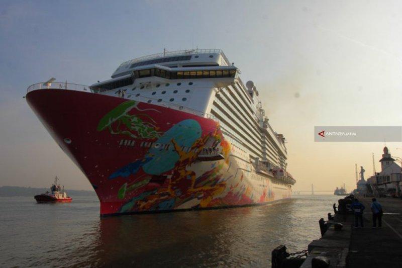 Kapal Pesiar Viking Sun angkut sekitar 1.300 penumpang bakal sandar di Surabaya
