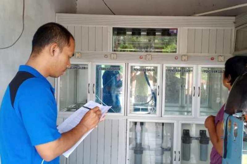 Puskesmas Tewah inspeksi kesehatan terhadap depot air minum isi ulang
