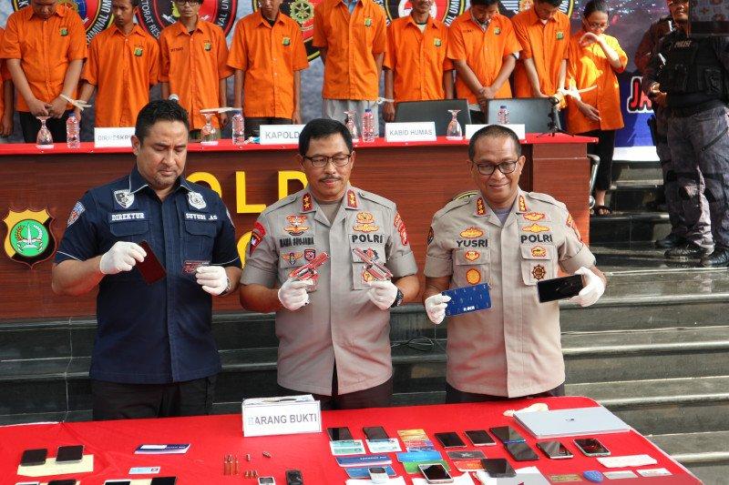Polisi tangkap DPO pembobol rekening Ilham Bintang