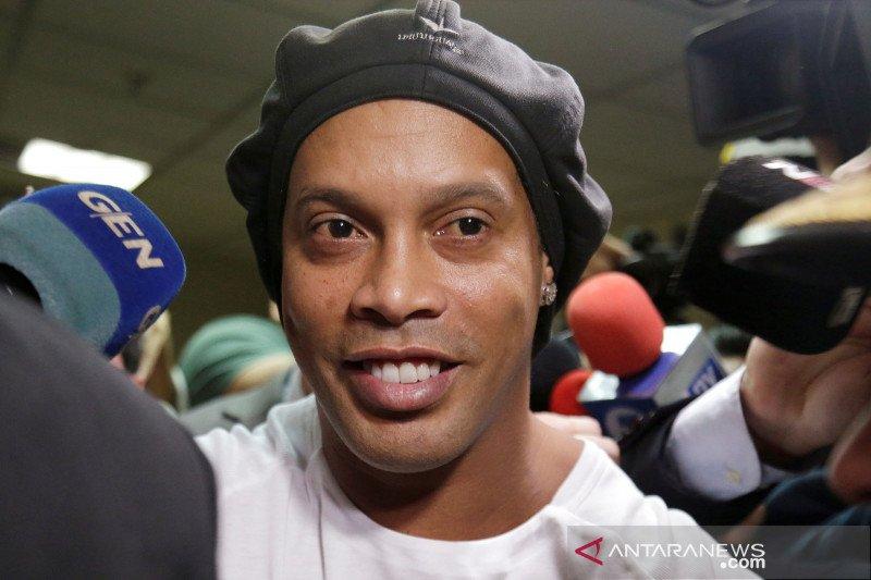 Ronaldinho segera bebas dari penjara Paraguay setelah bayar jaminan 25 miliar rupiah