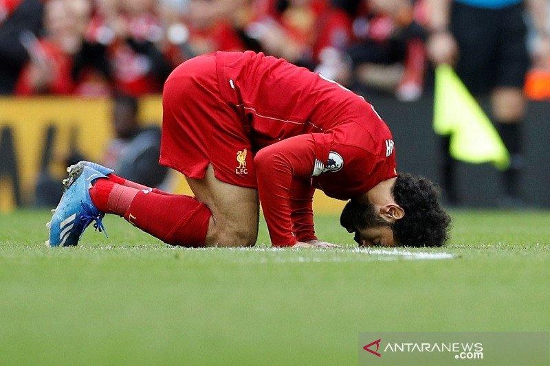 Salah gembira menorehkan rekor, tapi lebih soroti kemenangan Liverpool