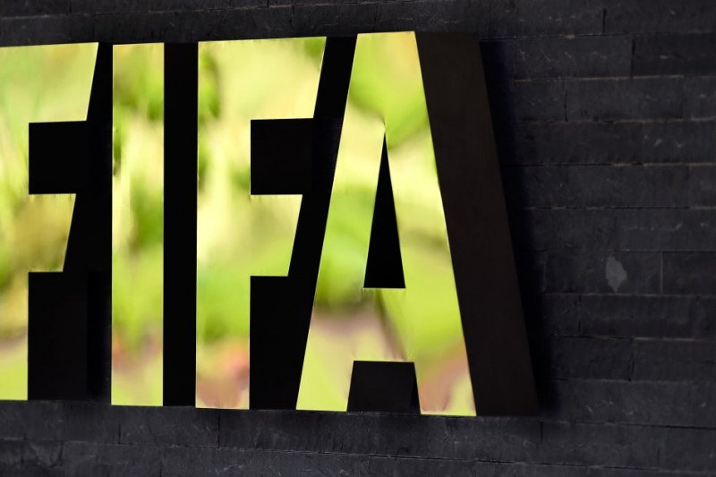 FIFA siap rogoh dana simpanan bantu finansial klub terdampak virus corona