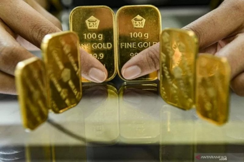 Harga emas Antam  turun Rp8.000 menjadi Rp909.000/gram
