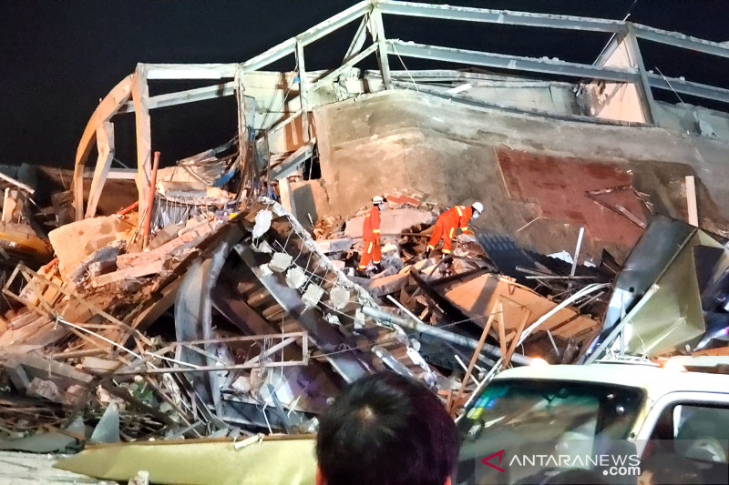 Pemilik hotel karantina COVID-19 yang ambruk di Fujian diperiksa polisi