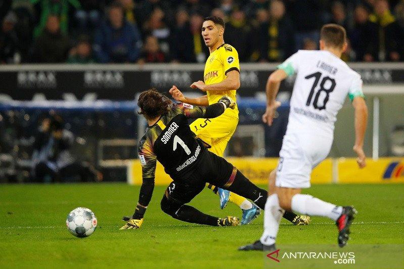 Borussia Dortmund menang atas Gladbach 2-1