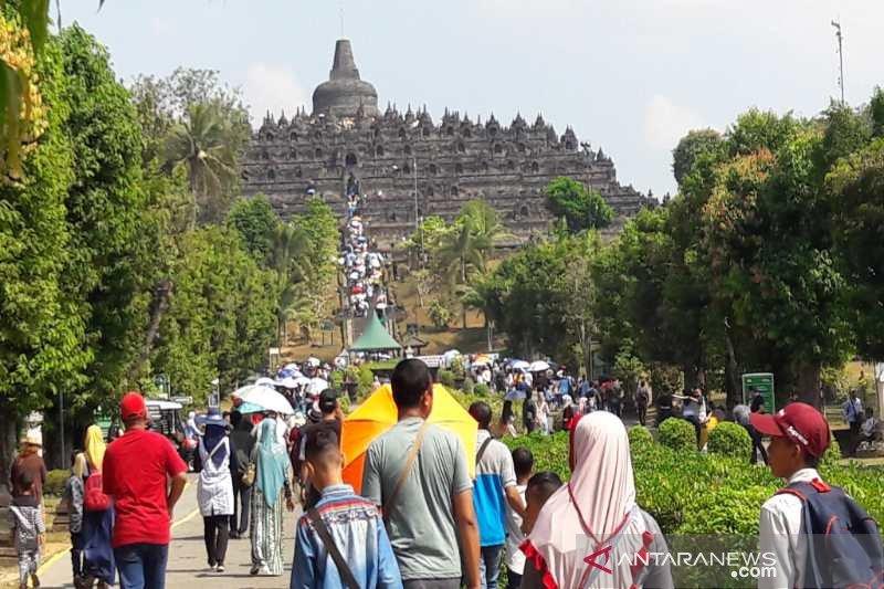 Pelestarian Candi Borobudur di tengah maraknya wisatawan