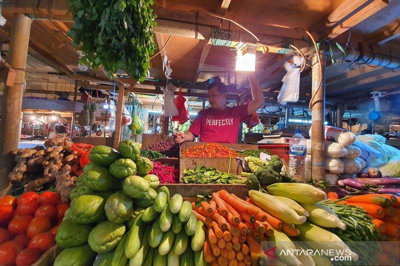 Pasokan impor sulit, harga bawang bombai di Pasar Senen Rp150 ribu