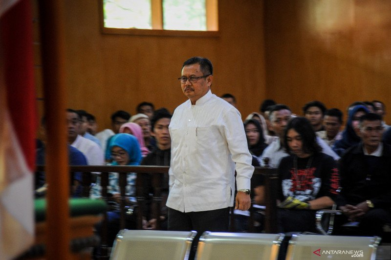 Mantan Bupati Indramayu Supendi dikonfirmasi tahapan pengajuan banprov