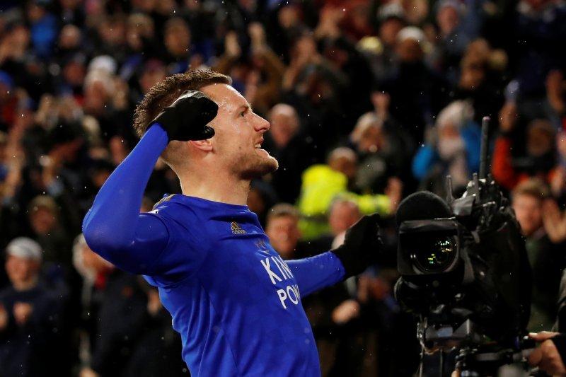 Vardy akhiri paceklik gol saat Leicester tundukkan Villa 4-0