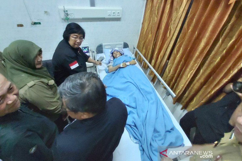 Usai ke Katingan-Kapuas, Menteri LHK jenguk dua korban selamat di RSUD Doris Sylvanus