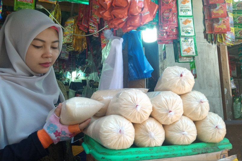 Harga gula pasir di pasar tradisional Yogyakarta kembali naik