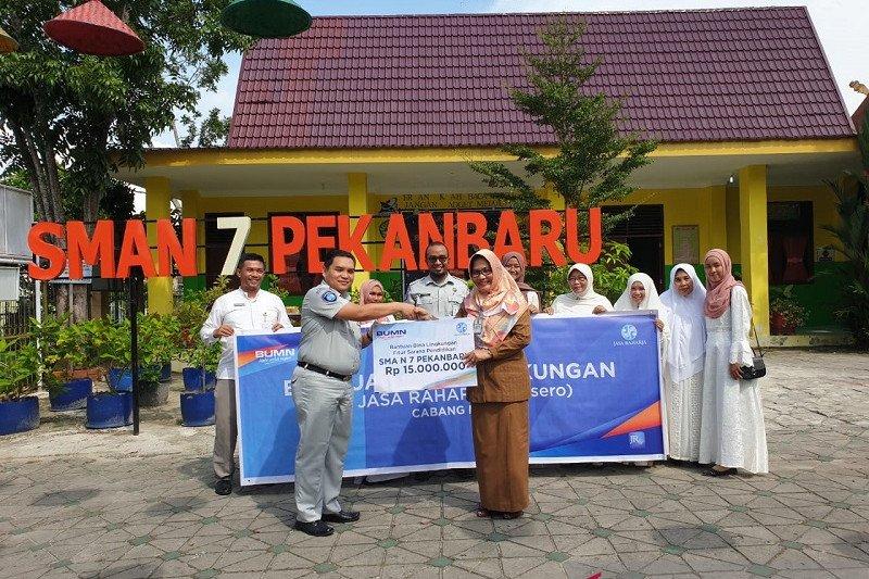 Jasa Raharja Riau salurkan dana CSR Rp40 juta