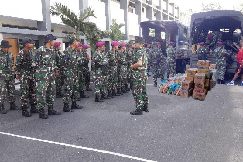 Lantamal VIII  bantu korban bencana di Sangkub Bolmut