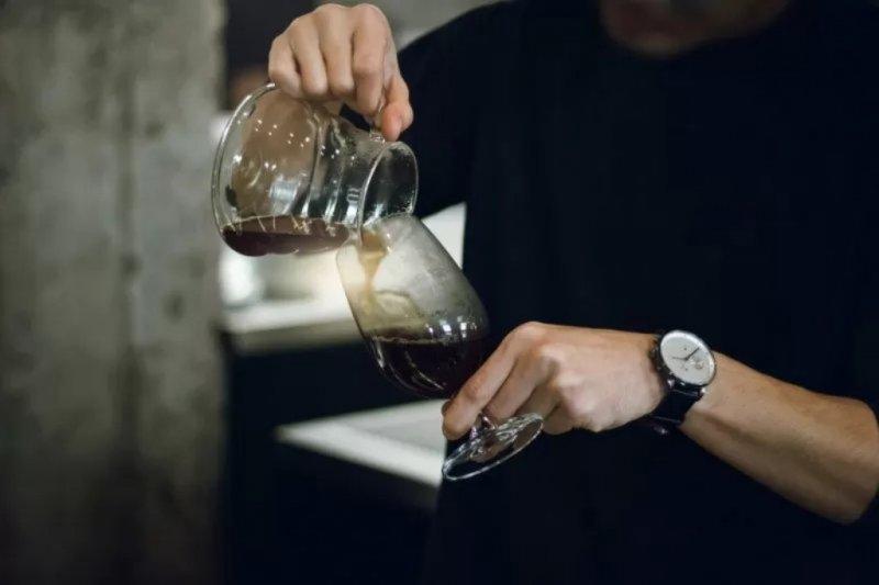 Ahli: Kurangi konsumsi kopi dan makanan pedas  saat isolasi mandiri