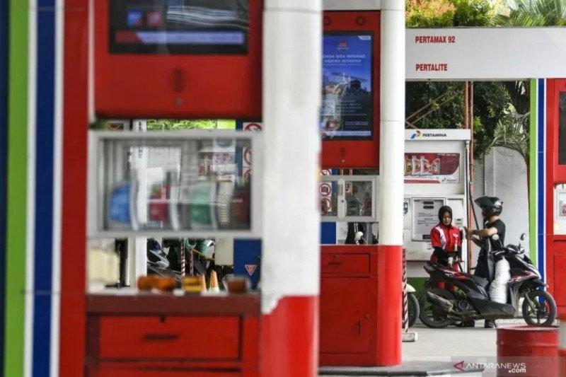Harga minyak naik tipis Selasa pagi, ditopang langkah agresif Federal Reserve AS