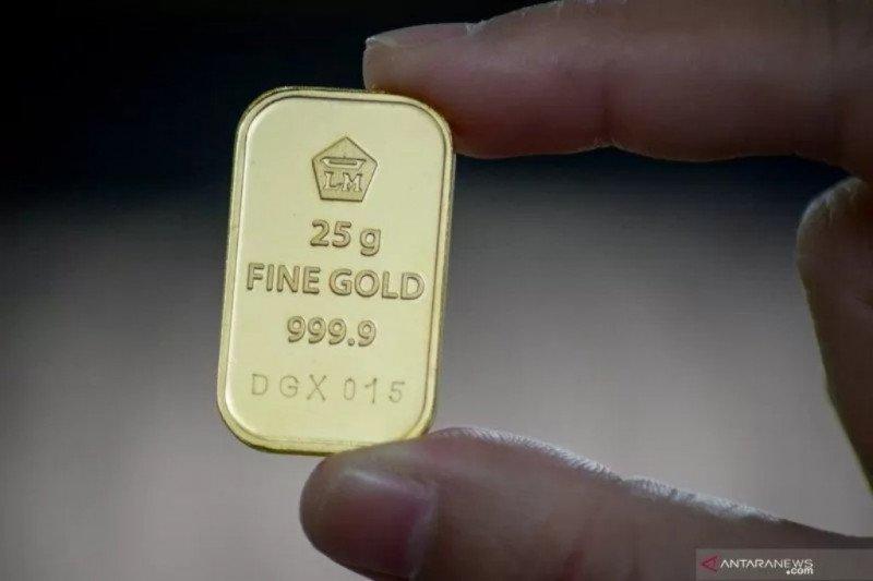 Harga emas Antam tembus Rp826.000 per gram