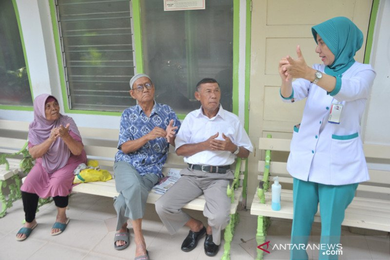 Sosialisasi pencegahan virus Corona  pada pengunjung Rumah Sakit