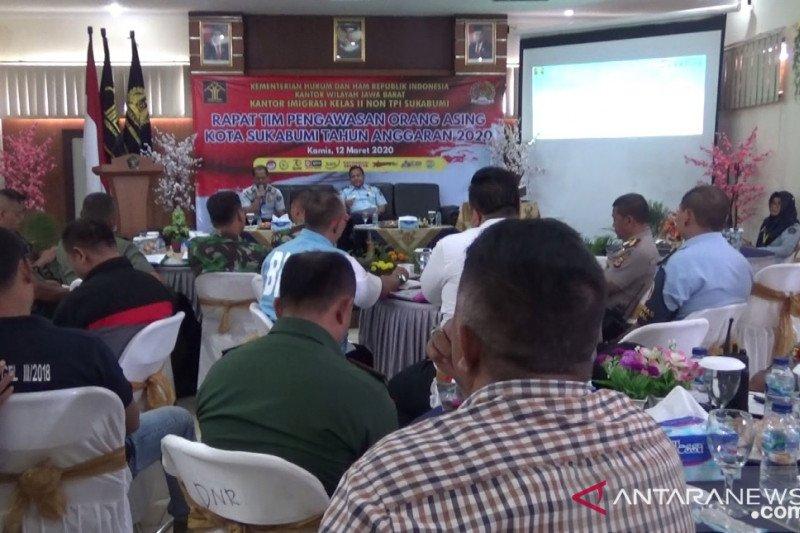 Imigrasi kerja sama TNI dan Polri awasi orang asing cegah COVID-19