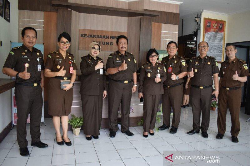 Tim Supervisi Kejagung RI kunjungi Kejaksaan Negeri Bitung