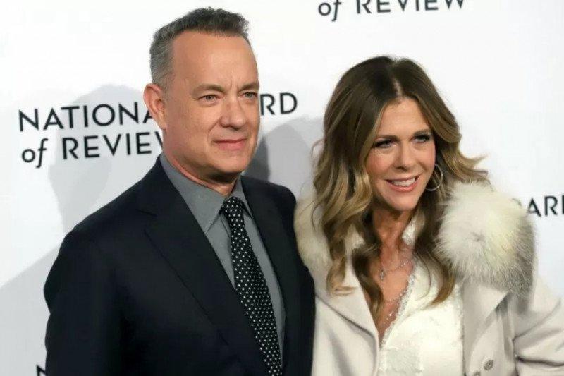 Positif COVID-19, Tom Hanks dan Rita Wilson isolasi diri di rumah sewaan