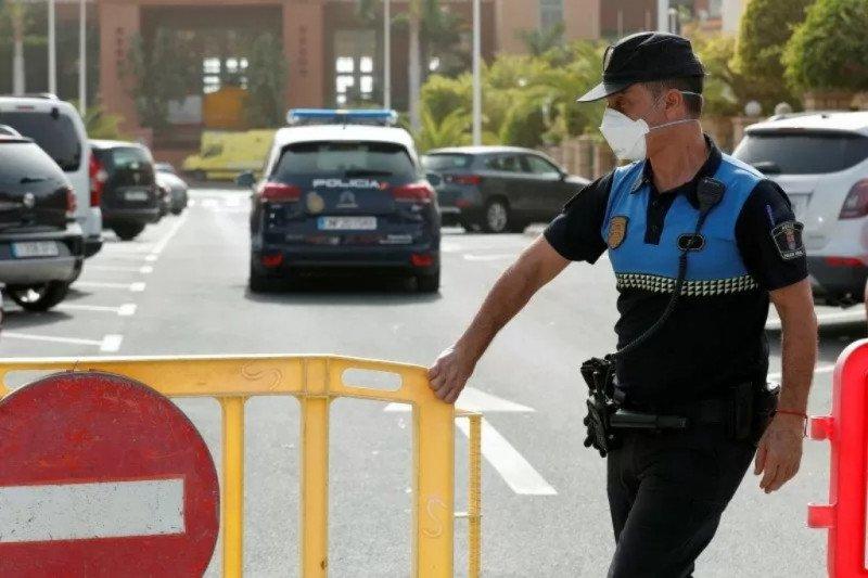 Spanyol gelar rapat via telekonferensi, menteri kena COVID-19