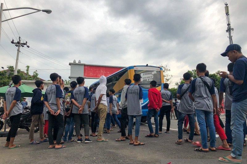 Sekolah di Yogyakarta melakukan pembatasan kegiatan luar ruang