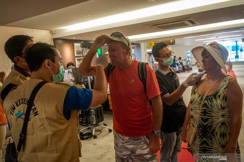 Seorang WNA penumpang MV Columbus diisolasi di RSUP Kariadi